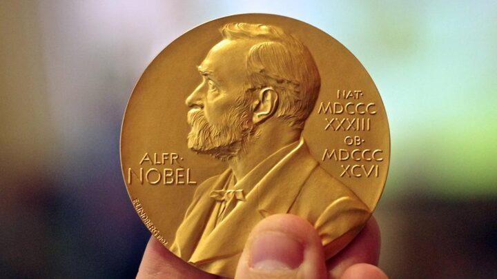 Лукашенко выдвинули на Нобелевскую премию мира, пока в шутку