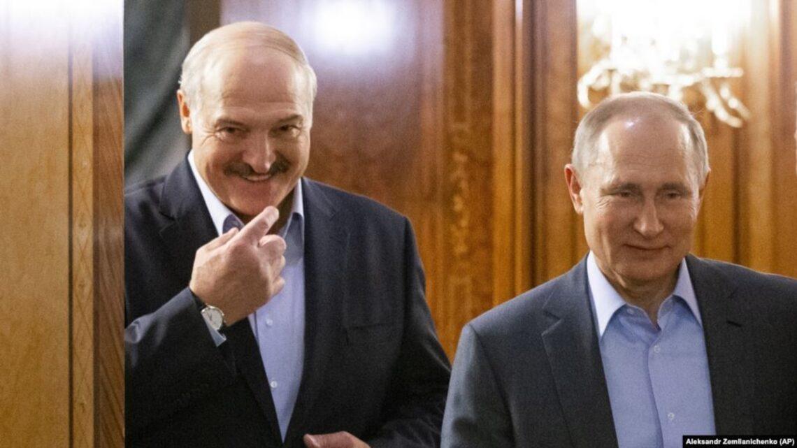 Лукашенко может обмануть Путина имитируя народный диалог